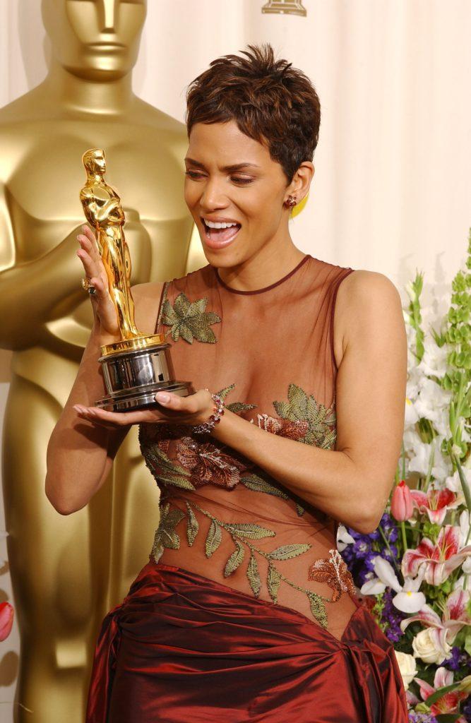 First WOC Wins Oscar